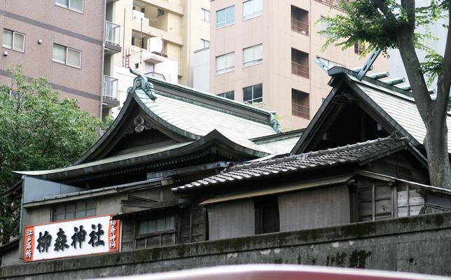柳森神社は鬼門除けで、現在の佐久間町一帯の鎮守として祀られたのがはじまり