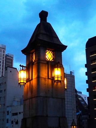 万世橋の街路灯